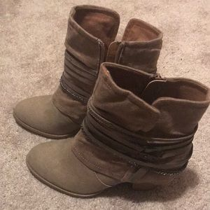JellyPop Heel Shoe Boot size 7.5M